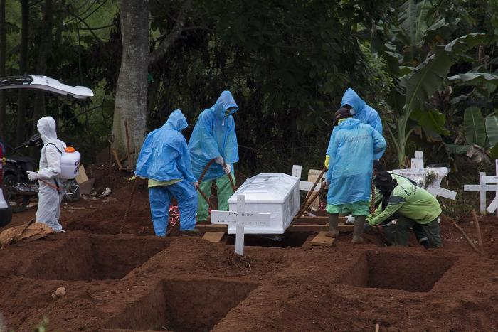 The burial of COVID-19 victims can be permitted in Sri Lanka